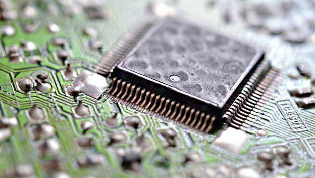 Uno de los componentes del Hardware es el procesador