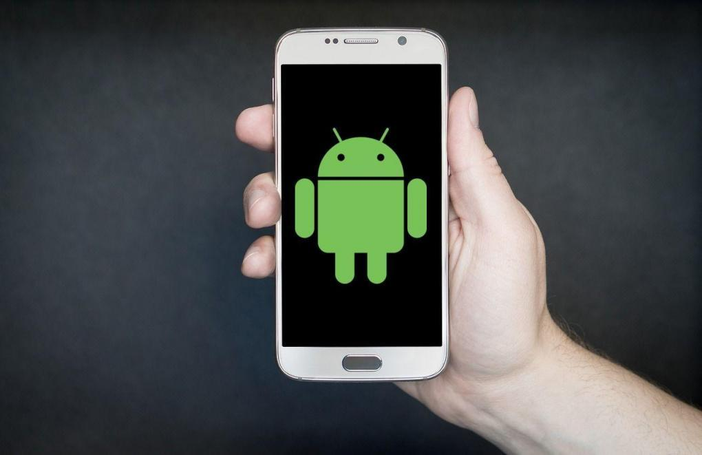 See all about the ⭐ ANDROID Operating System ⭐: History, features, versions, how they are developed and where to download EASY Android apps. ✅