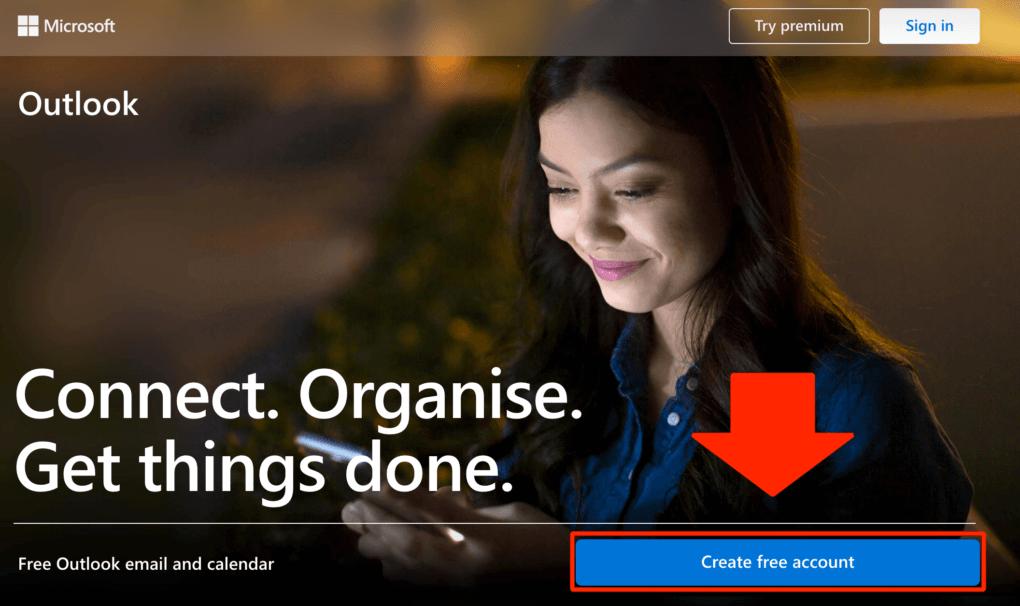 """Presiona en """"Create free account"""" para crear una cuenta de correo Hotmail / Outlook."""